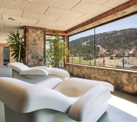 Spa Grandvalira Els Llacs Mountain apartments